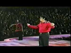 Michael Jackson singing Heal the World in President Bill Clinton's Presidential Gala in 1992. Image taken from bing.com/images.